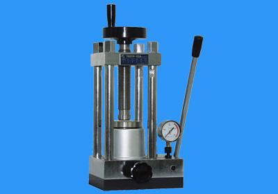 实验室小型压片机使用注意事项