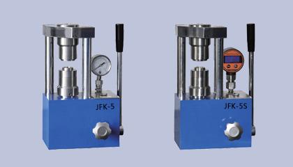公司新推出JFK-5系列手动纽扣电池封口机/拆口机